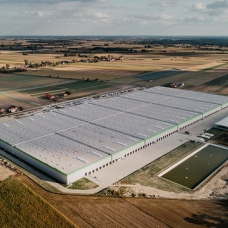 Record-breaking big box 123,300 sqm for Leroy Merlin